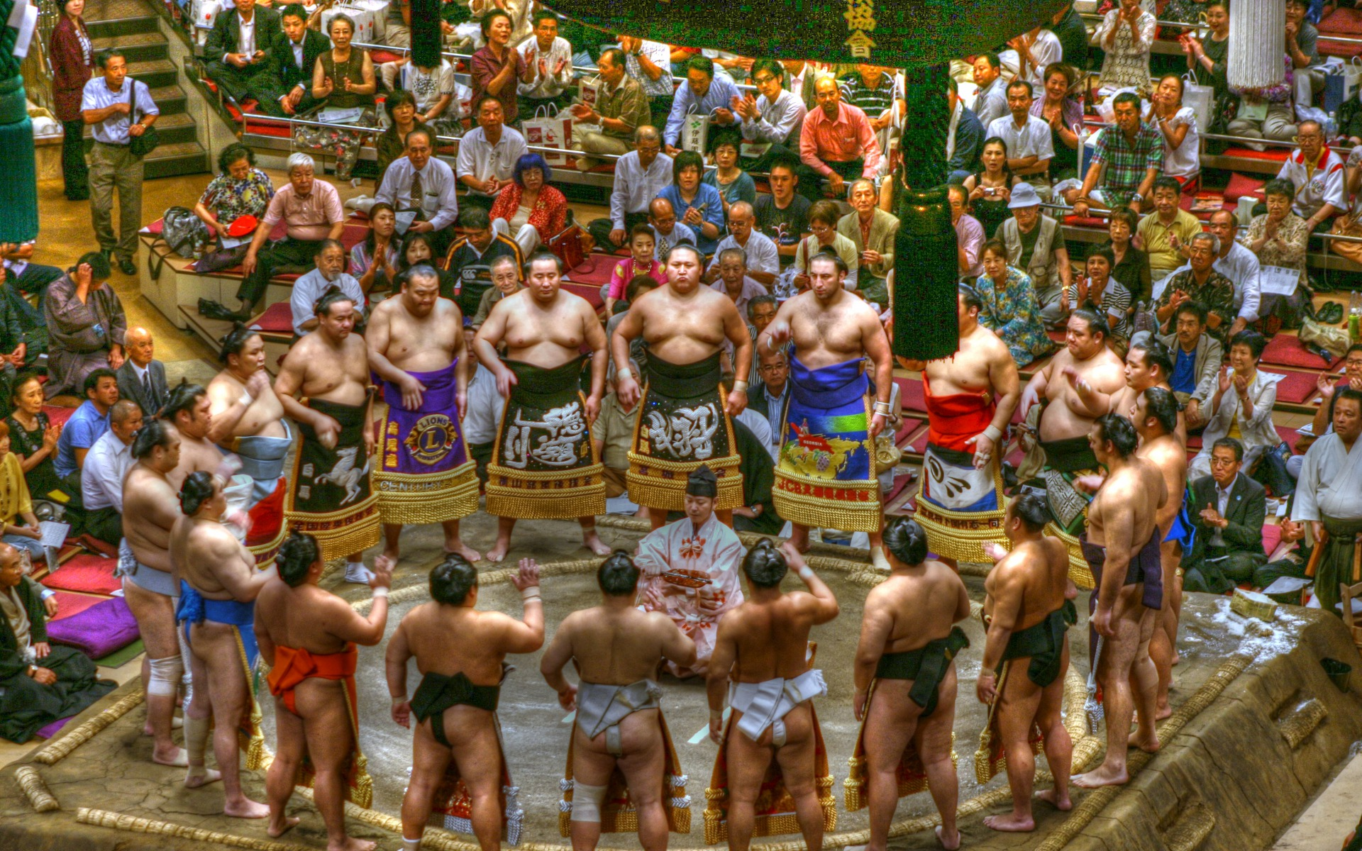 1920x1200 > Sumo Gathering Wallpapers