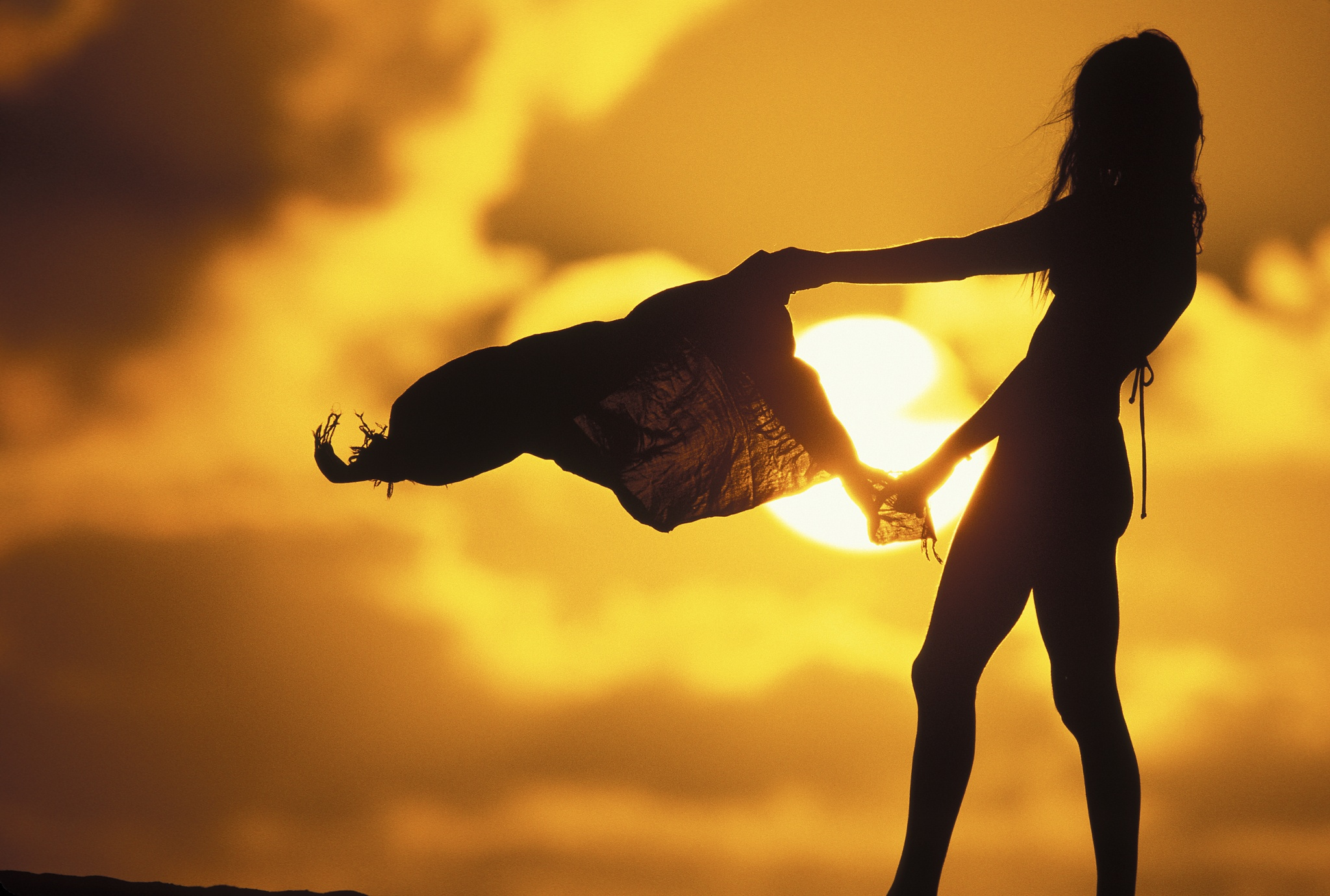Sun Girl Backgrounds, Compatible - PC, Mobile, Gadgets| 2048x1380 px