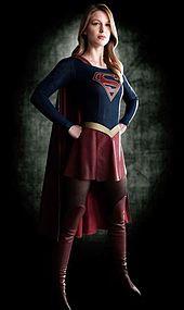 HQ Super Girl Wallpapers | File 7.41Kb