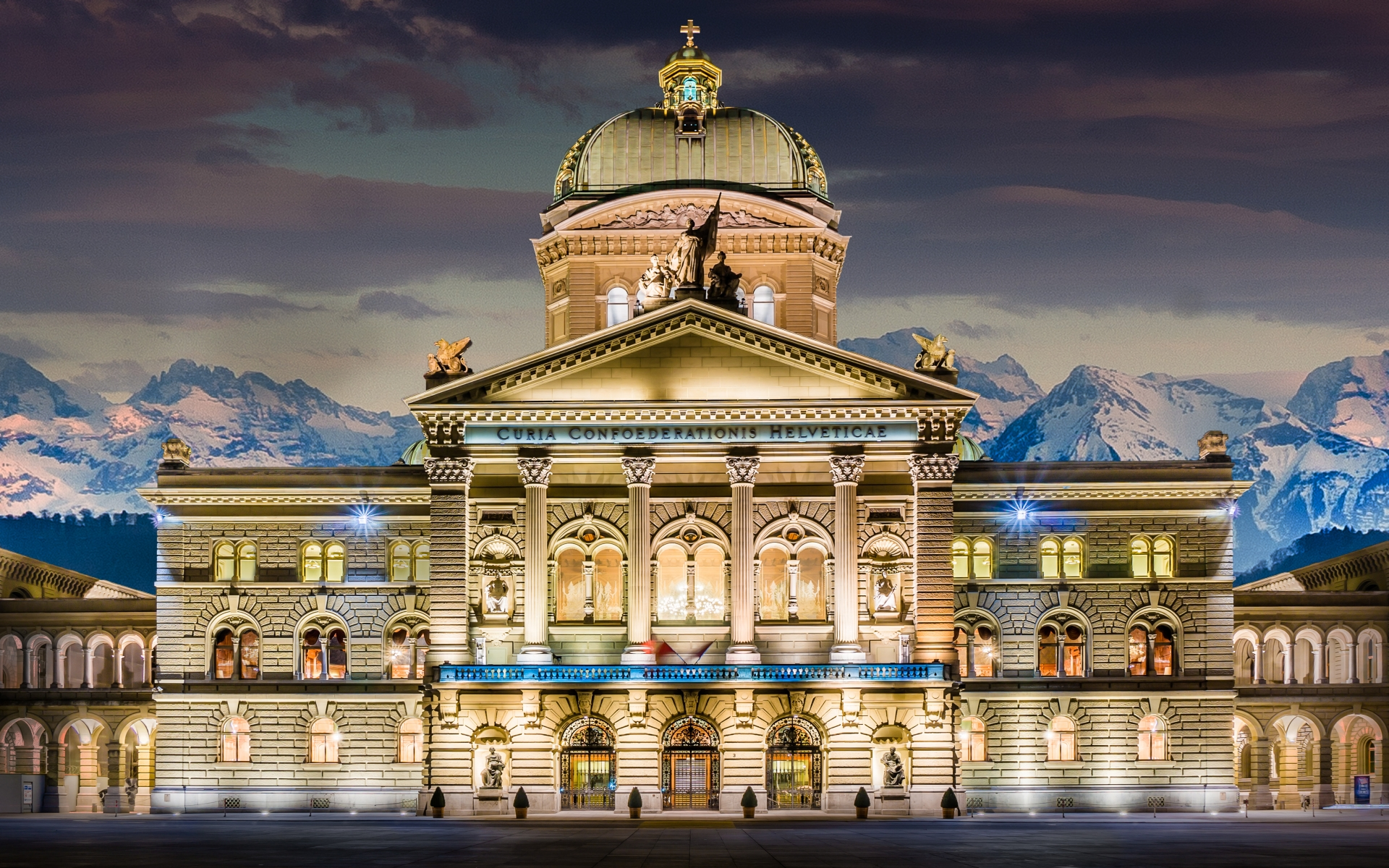 Nice Images Collection: Swiss Parliament Building Desktop Wallpapers