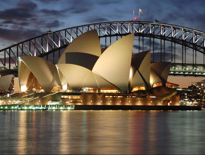 Amazing Sydney Opera House Pictures & Backgrounds