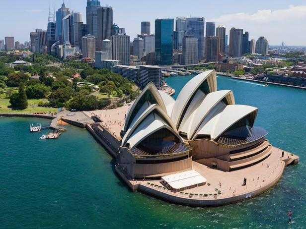 HQ Sydney Opera House Wallpapers | File 53.86Kb