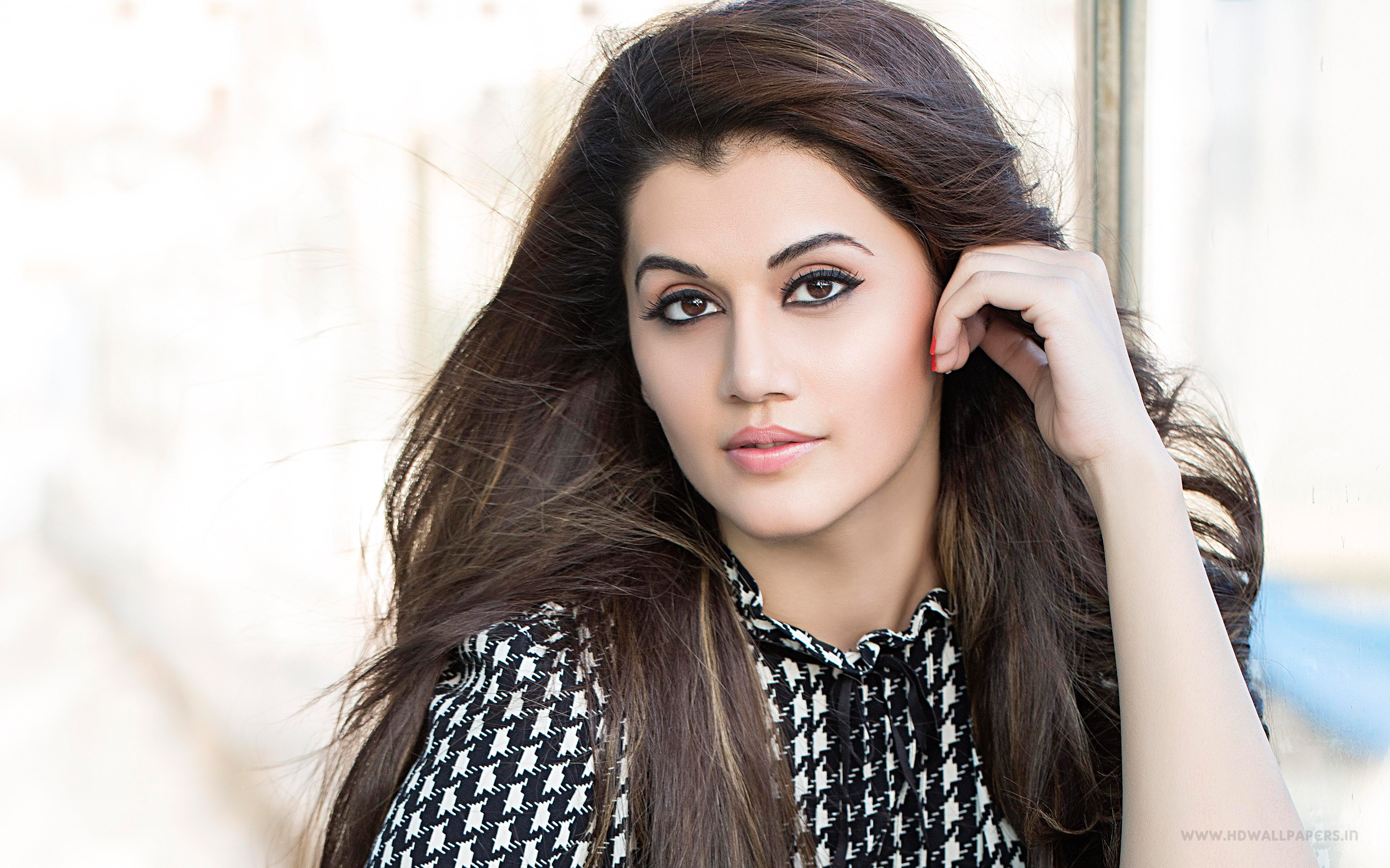 HQ Taapsee Pannu Wallpapers | File 1871.93Kb