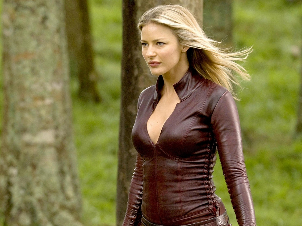 Tabrett Bethell High Quality Background on Wallpapers Vista
