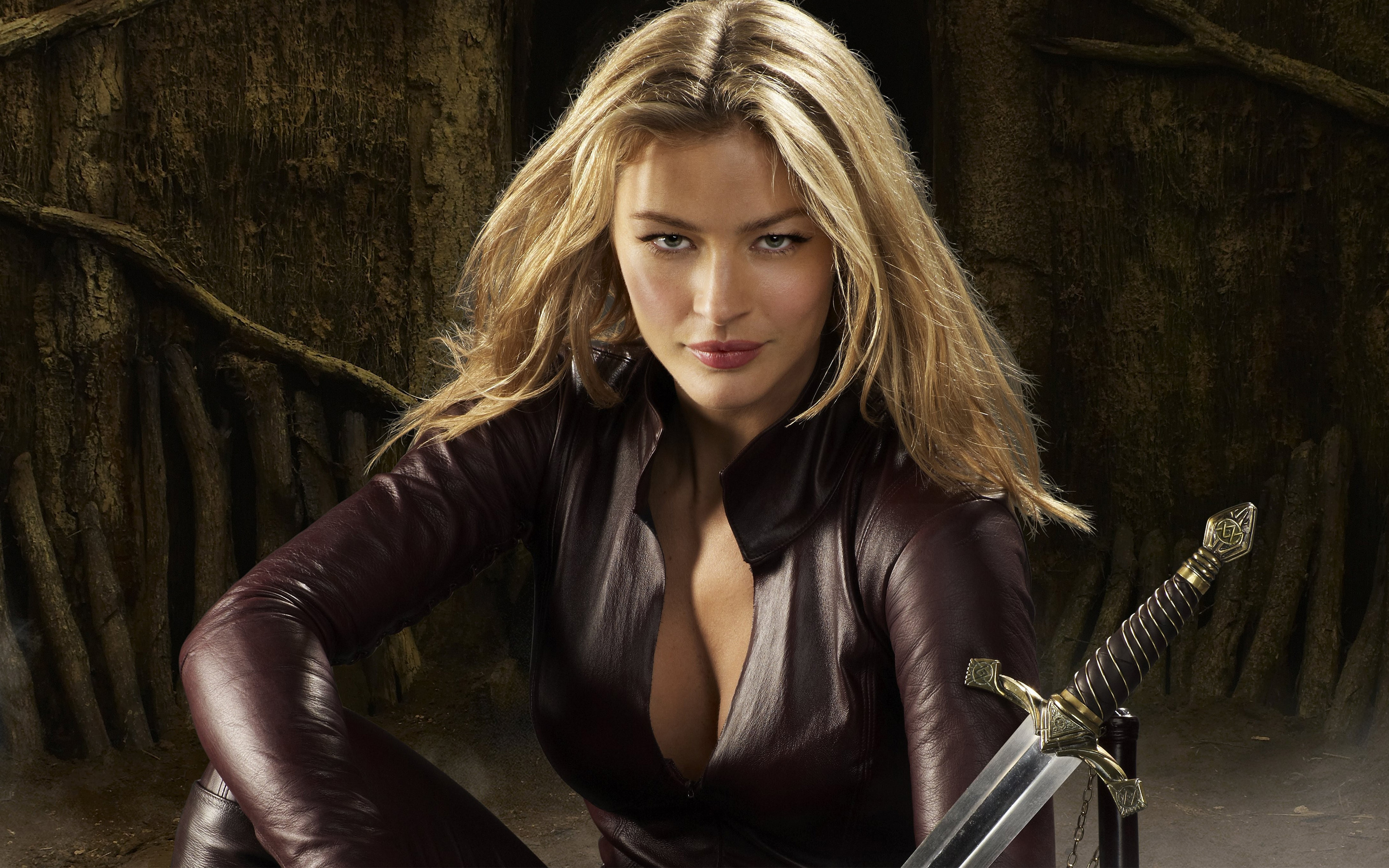 Tabrett Bethell Backgrounds, Compatible - PC, Mobile, Gadgets  2880x1800 px