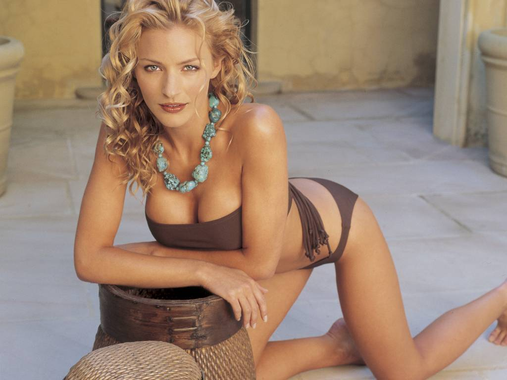 Tabrett Bethell Backgrounds, Compatible - PC, Mobile, Gadgets  1024x768 px