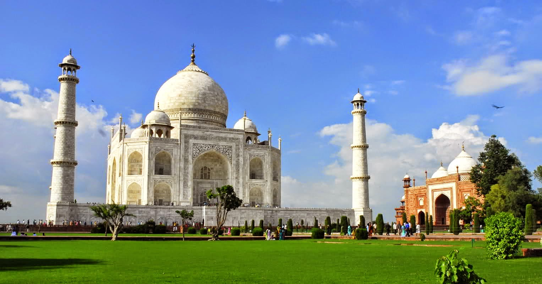 HQ Taj Mahal Wallpapers | File 155.42Kb