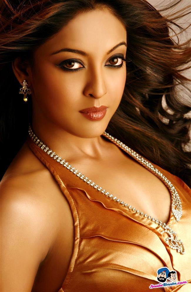 Tanushree Dutta Pics, Women Collection