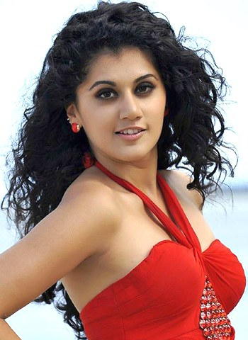 Taapsee Pannu Pics, Women Collection
