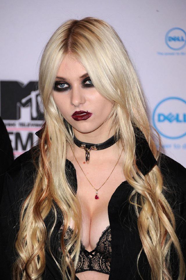 Taylor Momsen HD wallpapers, Desktop wallpaper - most viewed