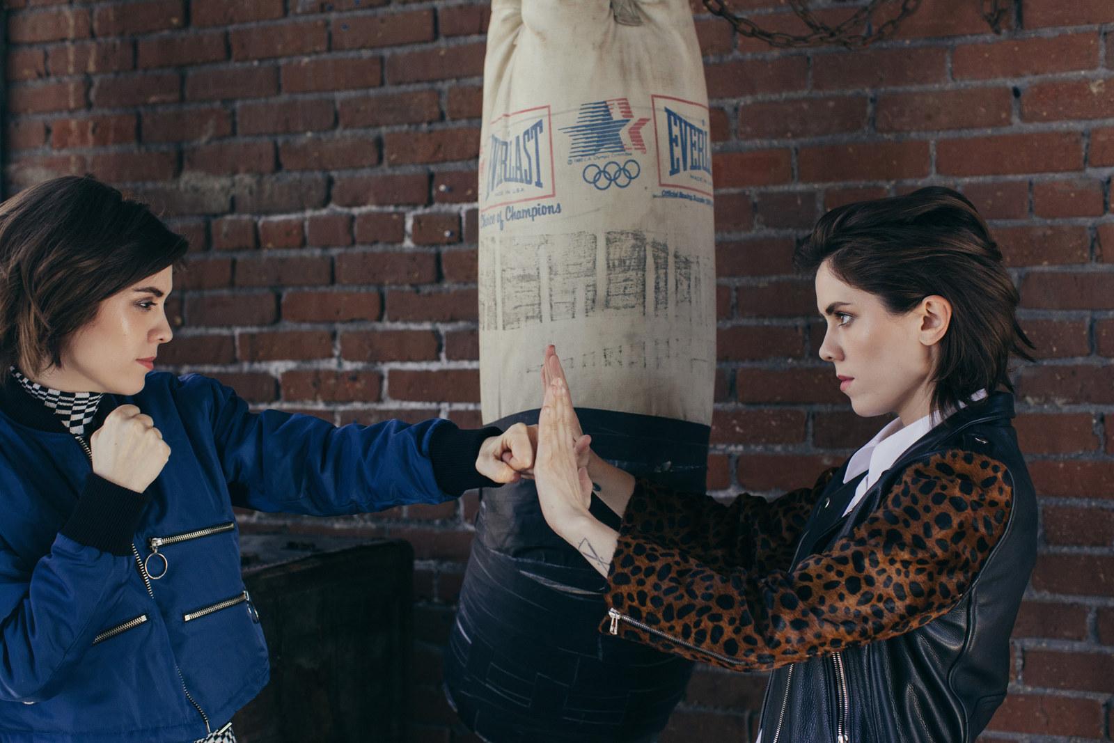 HQ Tegan And Sara Wallpapers | File 350.61Kb