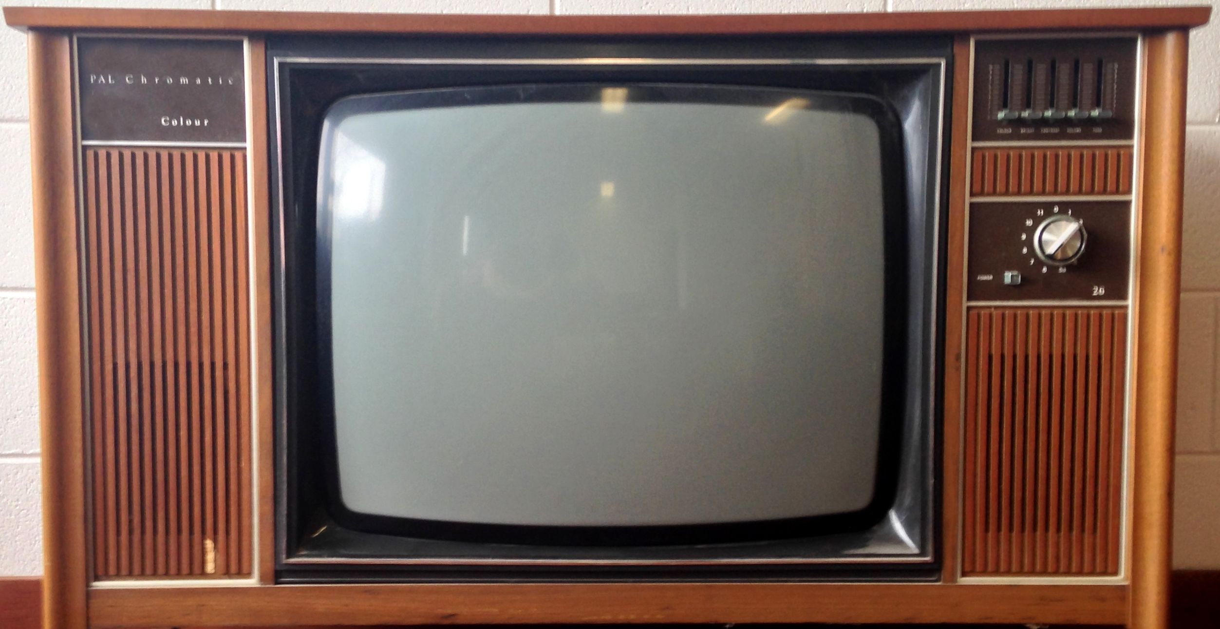 Television Backgrounds, Compatible - PC, Mobile, Gadgets| 2505x1291 px