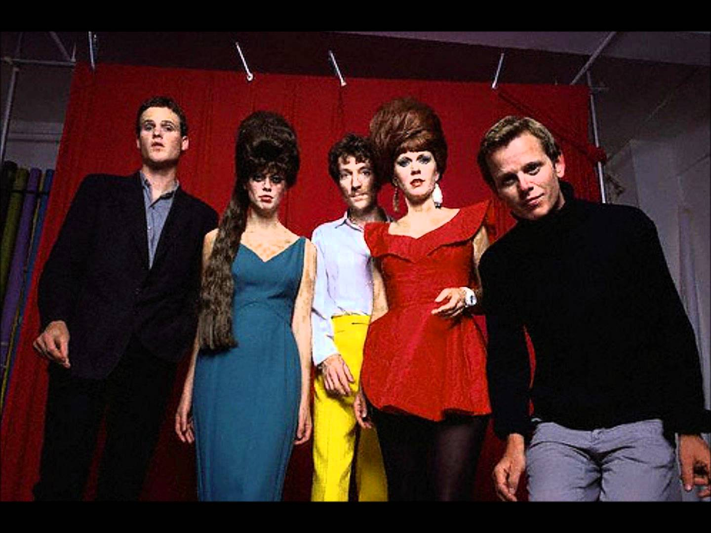 HQ The B 52s Wallpapers | File 120.69Kb