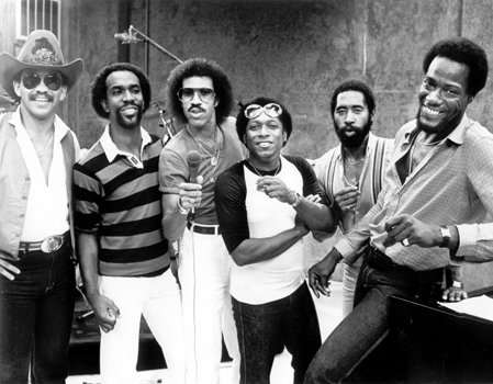 449x350 > The Commodores Wallpapers