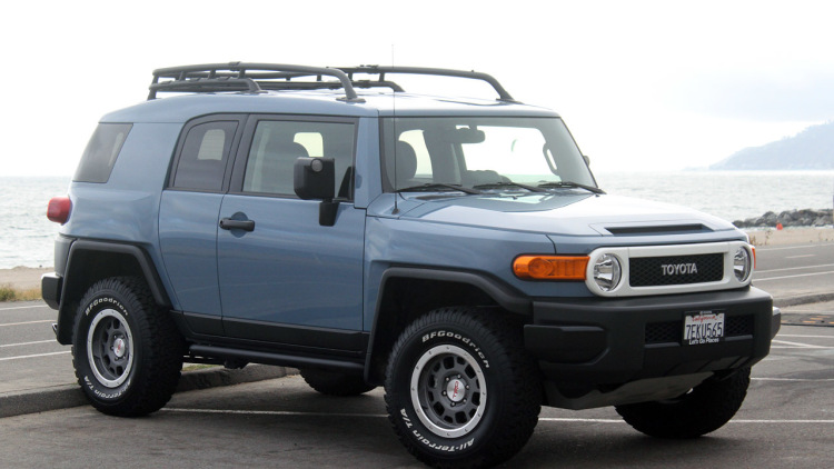 Amazing Toyota FJ Cruiser Pictures & Backgrounds