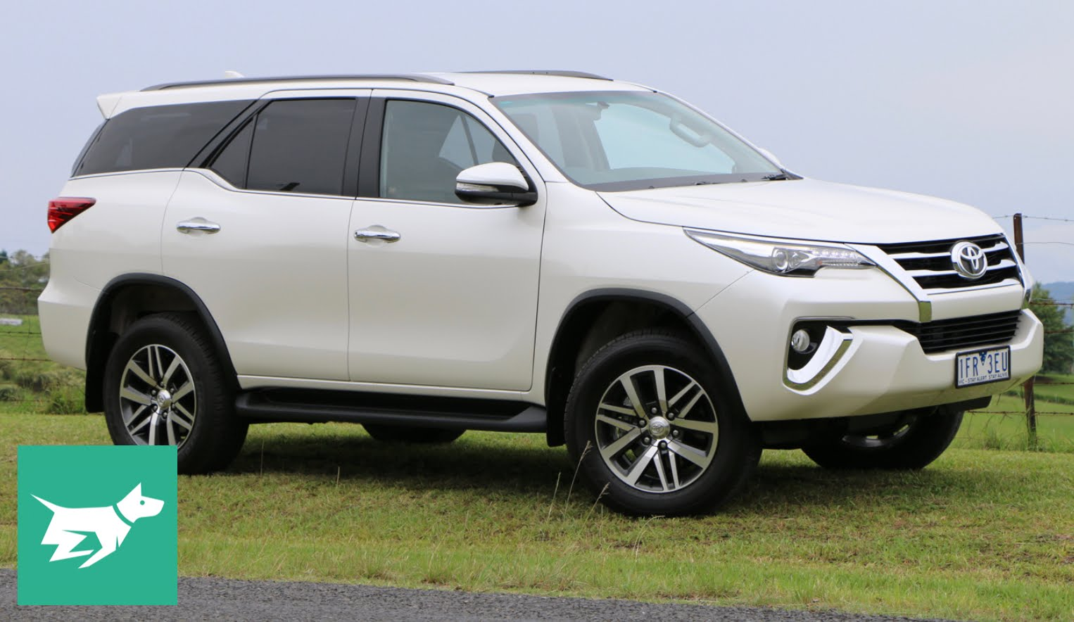 HQ Toyota Fortuner Wallpapers | File 134.42Kb