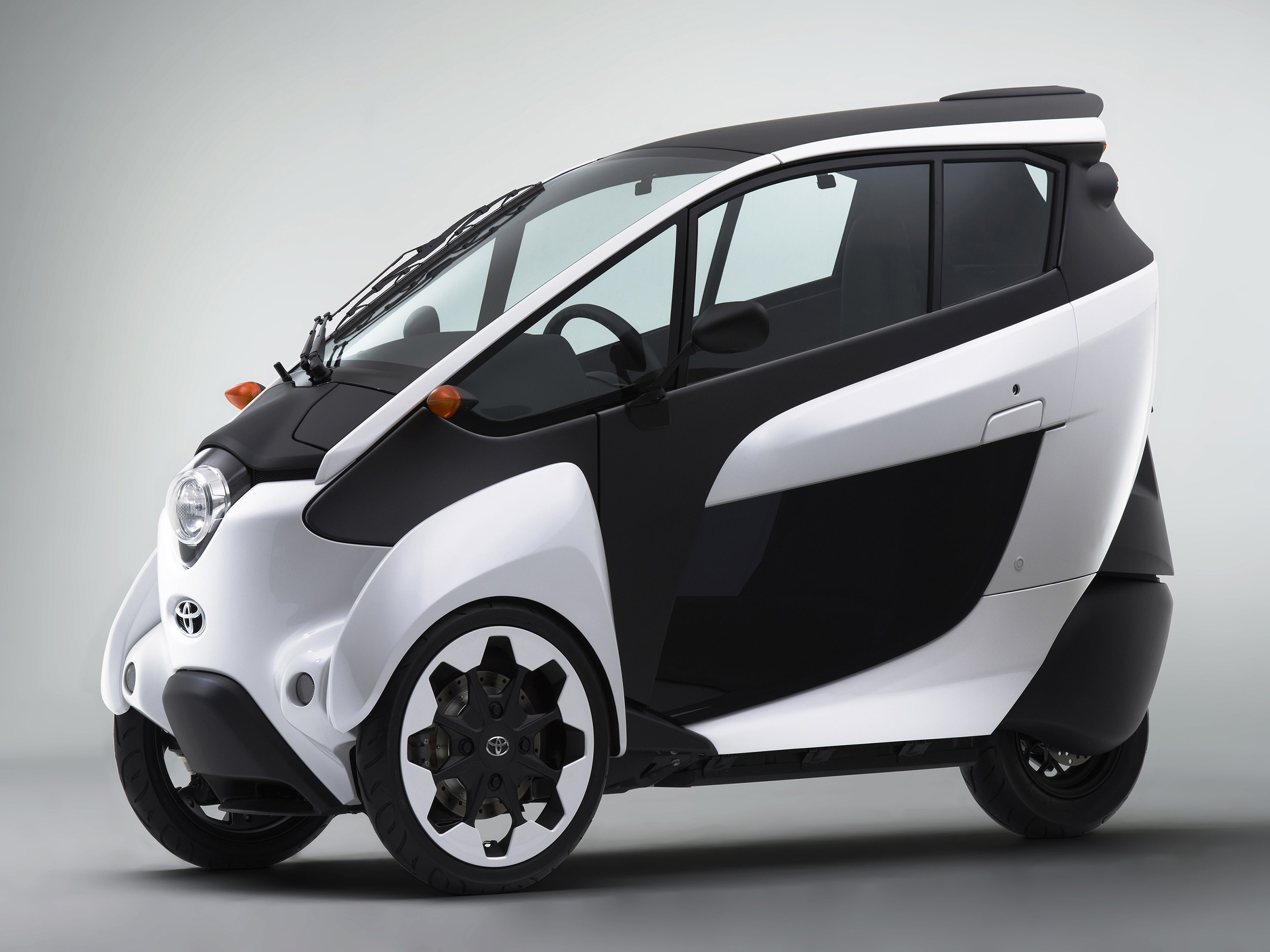 HQ Toyota I-road Wallpapers | File 413.53Kb