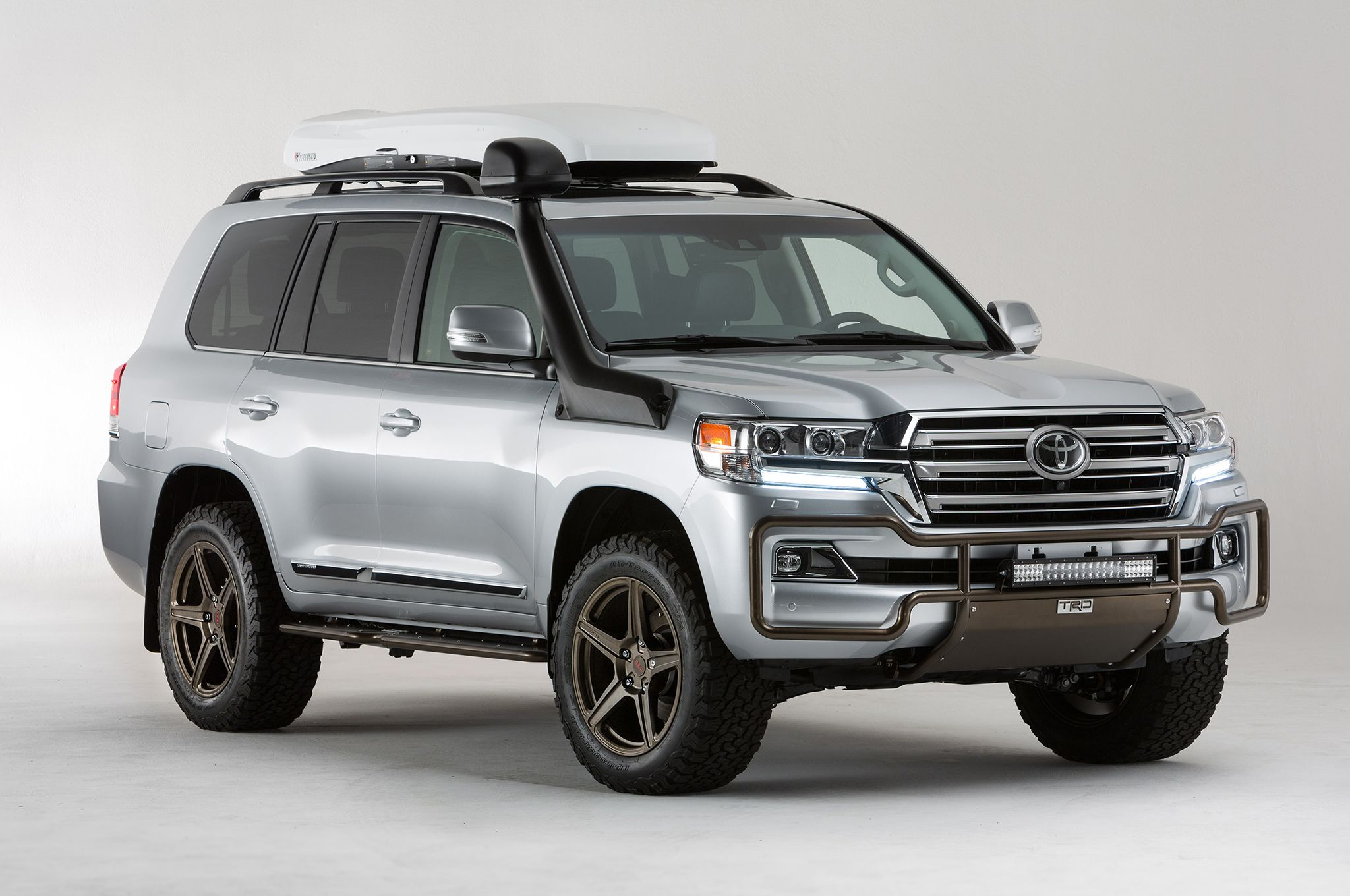Nice wallpapers Toyota Land Cruiser 2048x1360px