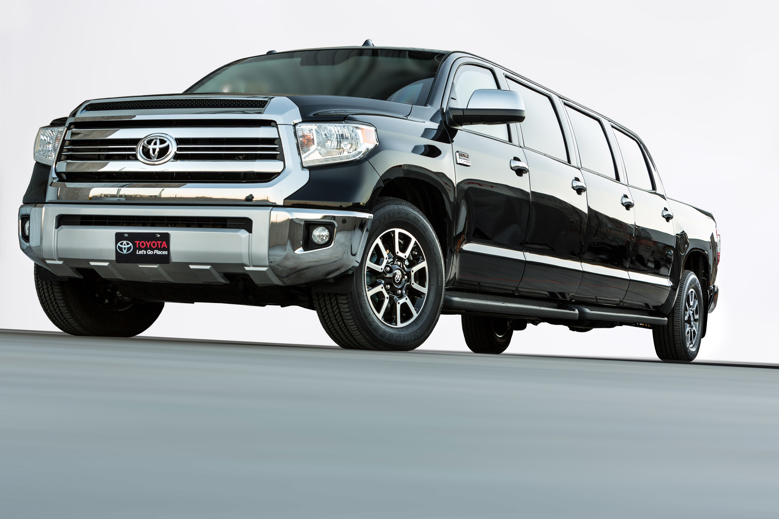 Nice Images Collection: Toyota Tundra Desktop Wallpapers