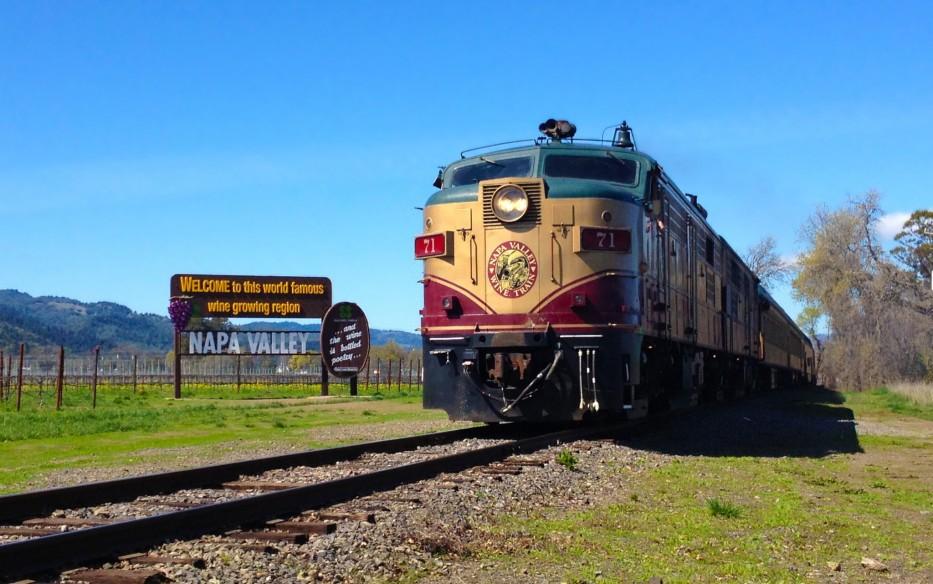 Train Pics, Artistic Collection