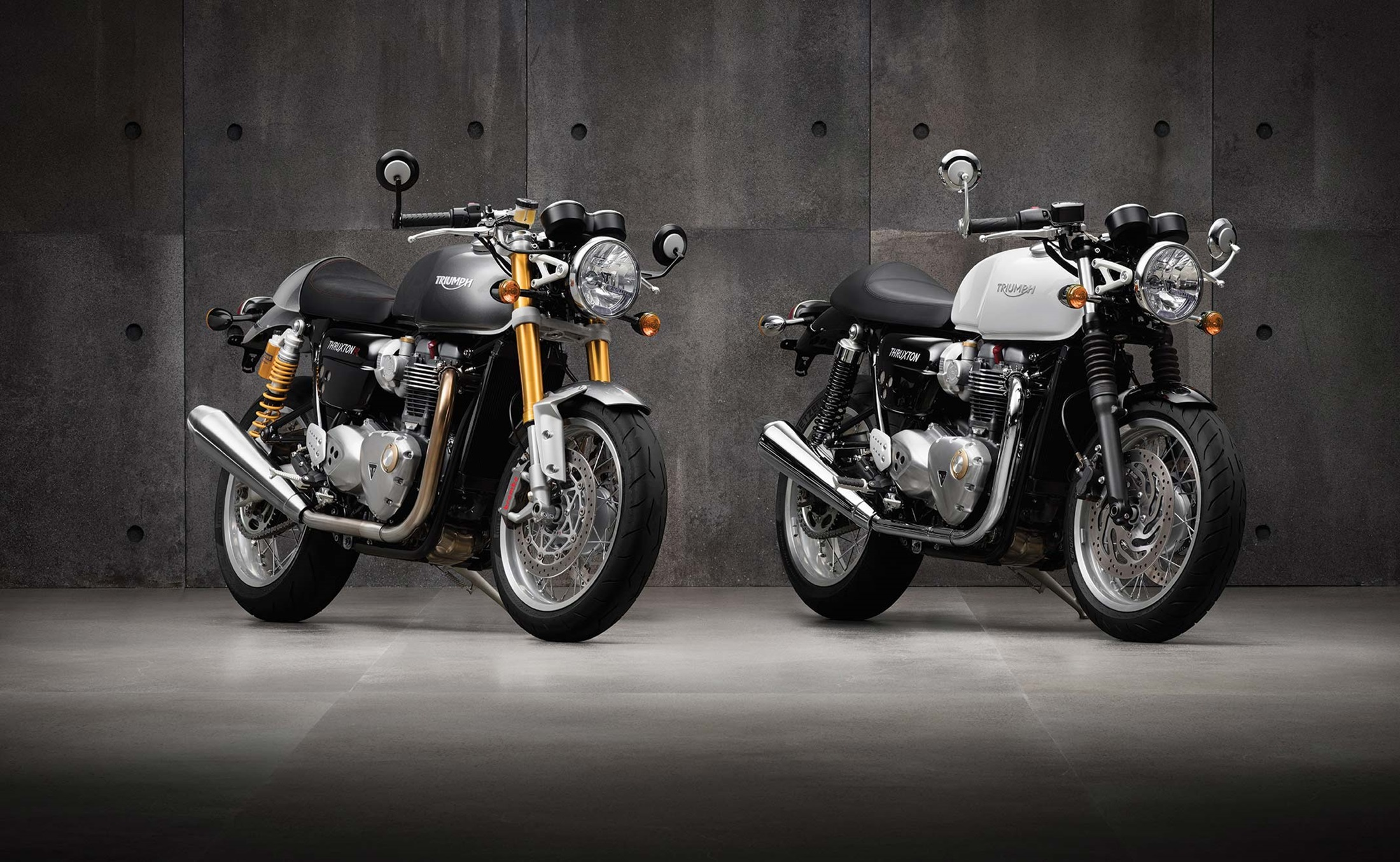 2200x1355 > Triumph Wallpapers