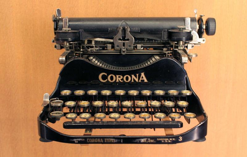 HQ Typewriter Wallpapers | File 80.06Kb