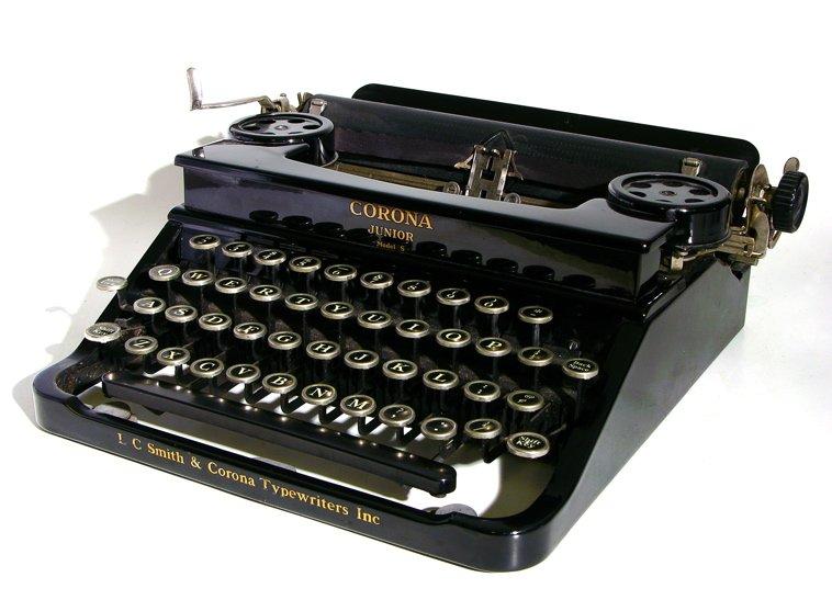Nice wallpapers Typewriter 758x557px