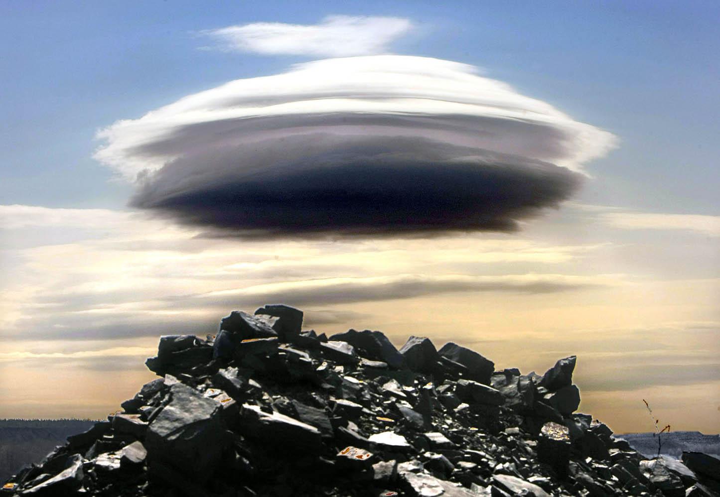 UFO Pics, Humor Collection
