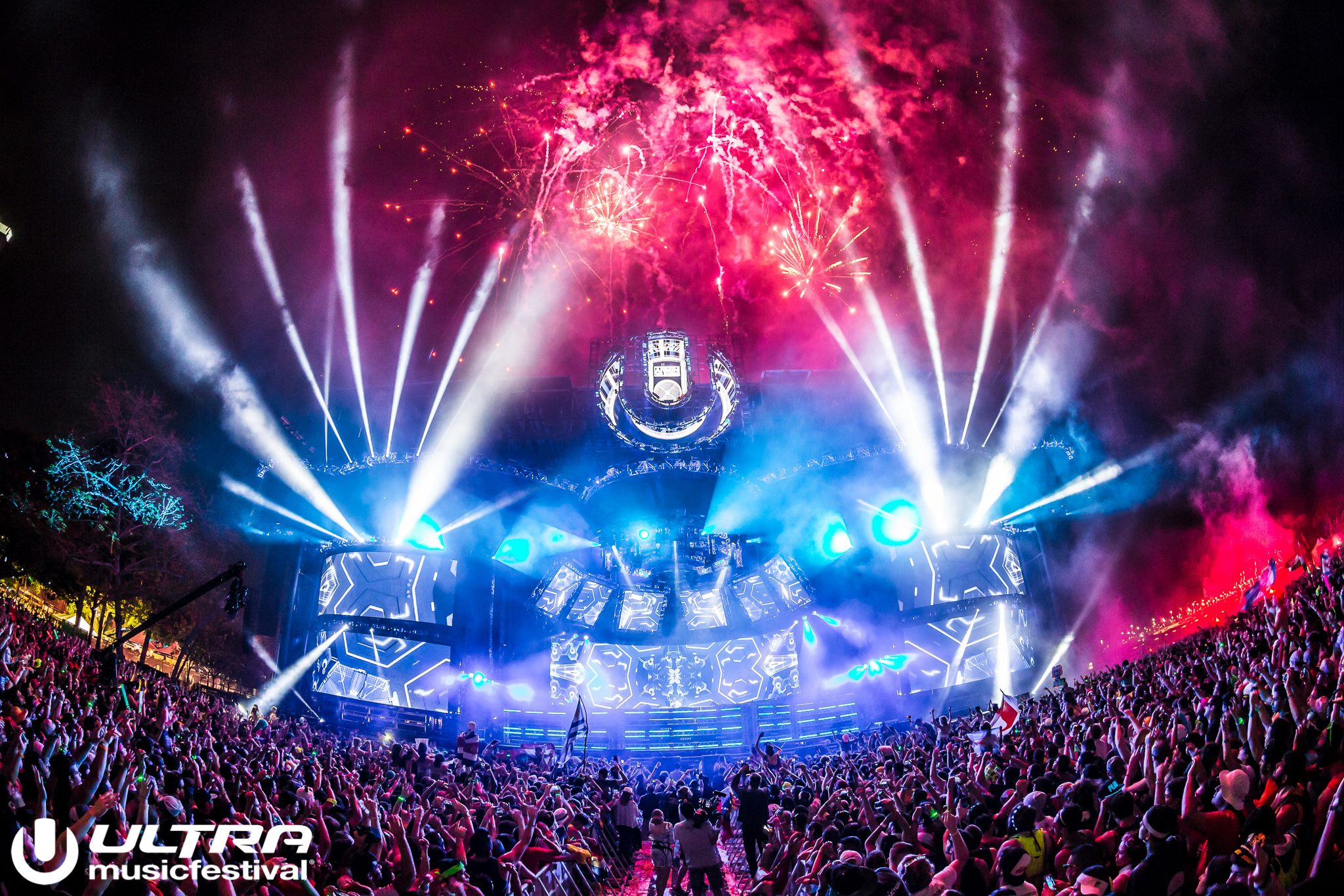 2048x1365 > Ultra Music Festival Wallpapers