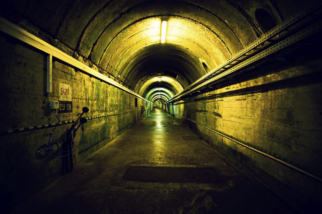 Images of Underground | 1050x699