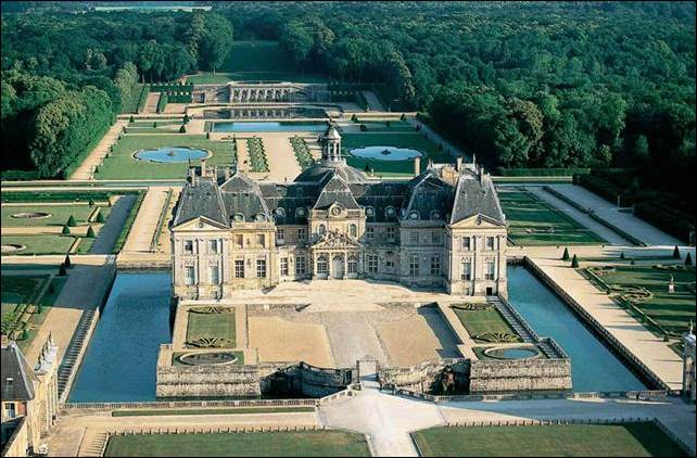 Vaux-le-Vicomte Backgrounds on Wallpapers Vista