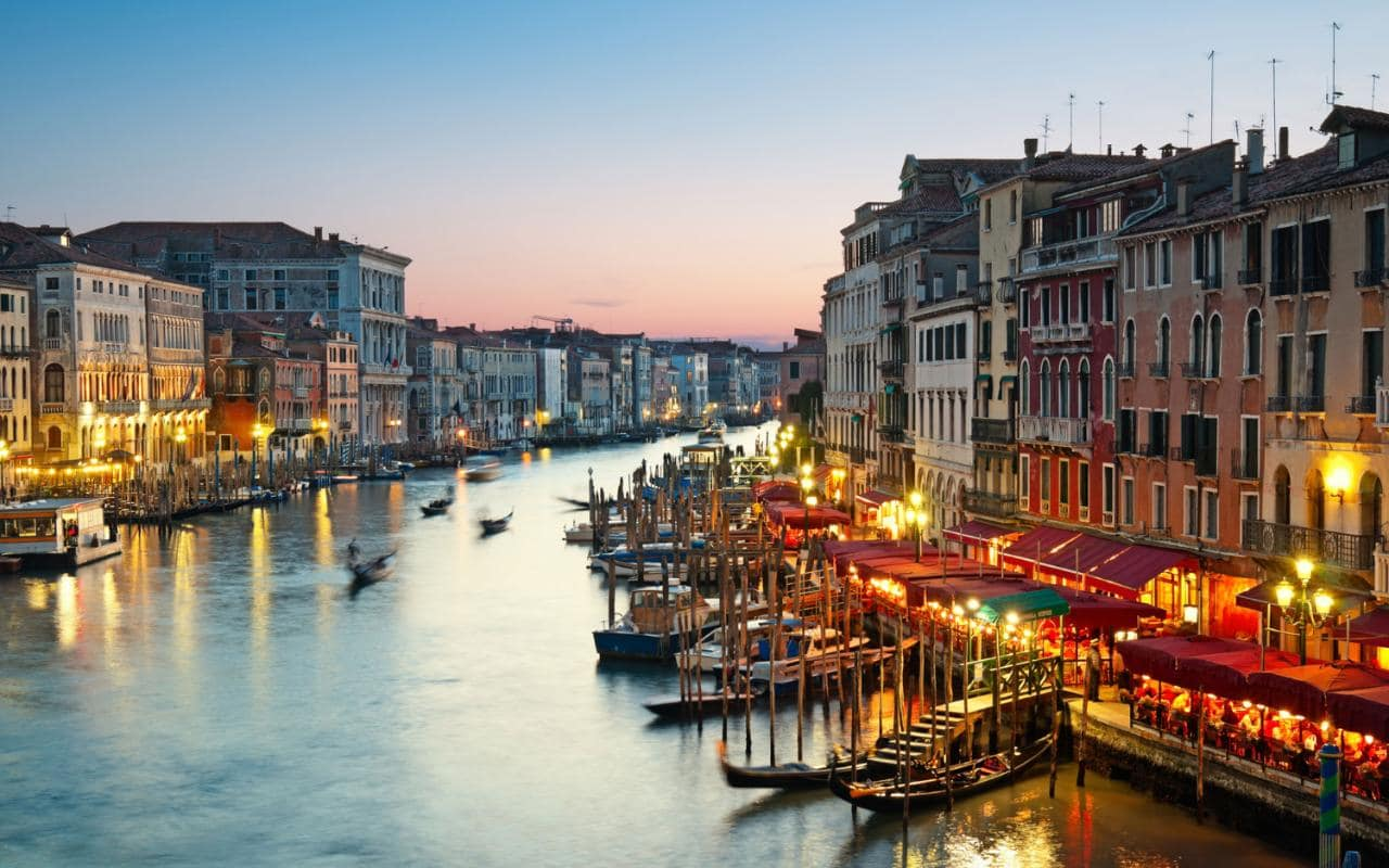 Amazing Venice Pictures & Backgrounds