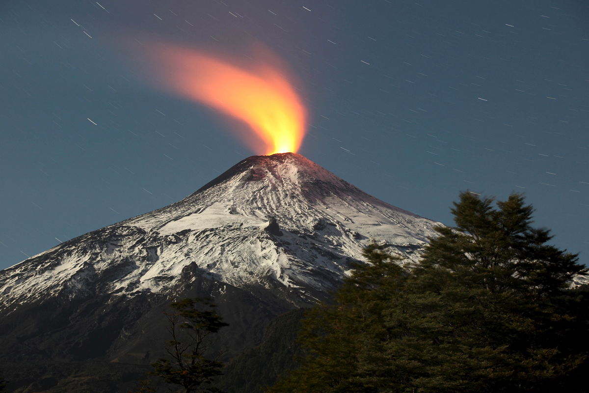 Volcano Backgrounds on Wallpapers Vista