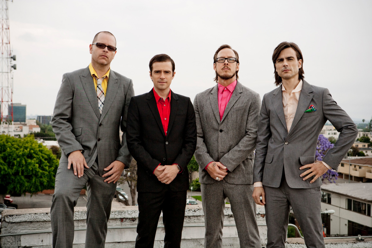 HQ Weezer Wallpapers | File 285.18Kb