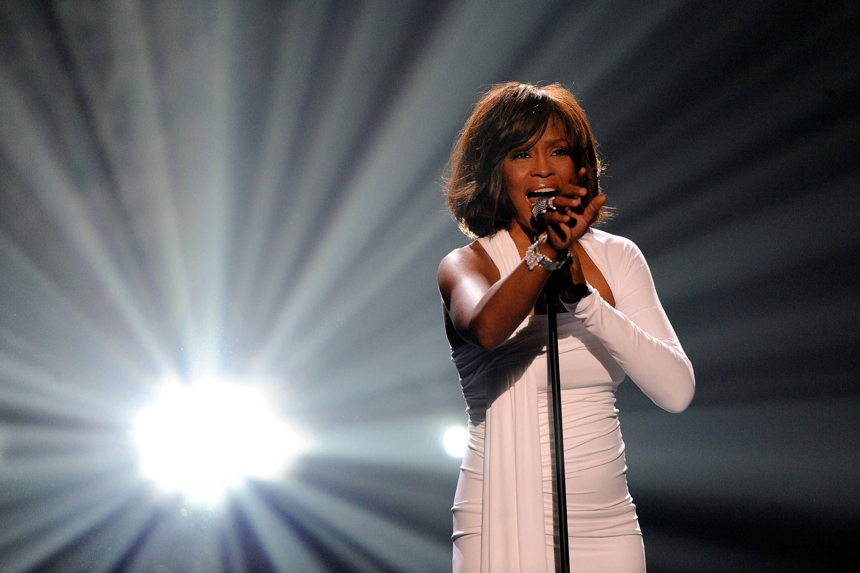 High Resolution Wallpaper | Whitney Houston 3000x1998 px