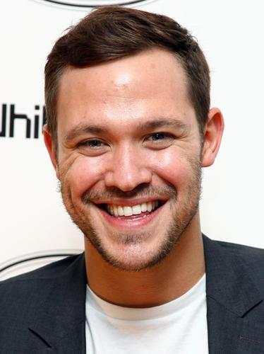 Images of Will Young | 374x500