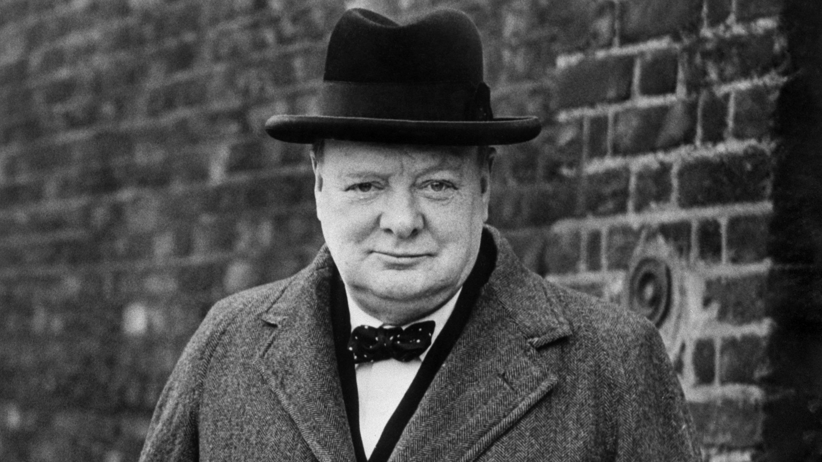 2685x1509 > Winston Churchill Wallpapers