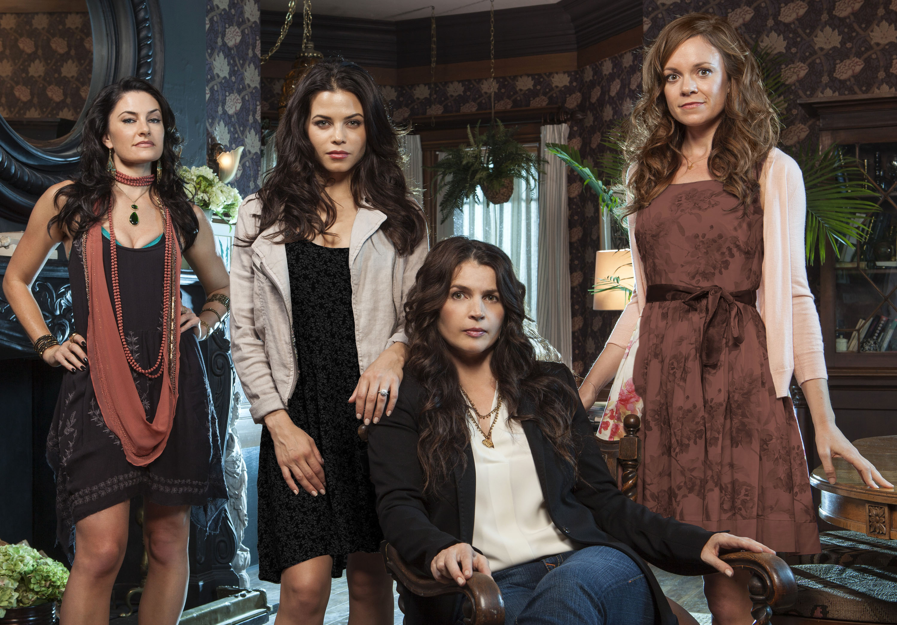 Witches Of East End Wallpapers Tv Show Hq Witches Of East End Pictures 4k Wallpapers 2019