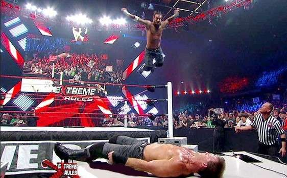 High Resolution Wallpaper | WWE Extreme Rules 2012 562x350 px