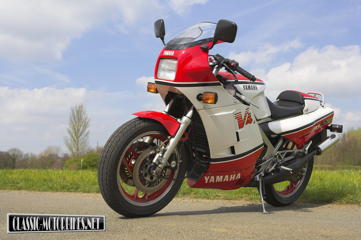 Yamaha RD500 Backgrounds, Compatible - PC, Mobile, Gadgets| 1500x999 px