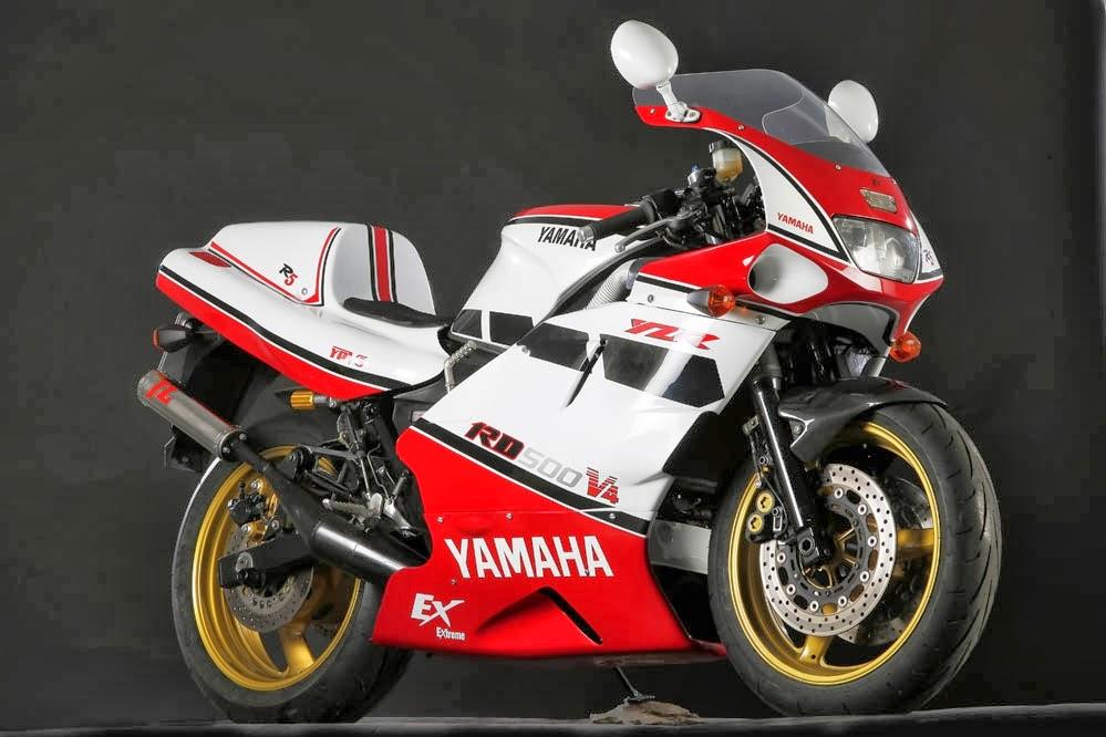 Nice Images Collection: Yamaha RD500 Desktop Wallpapers