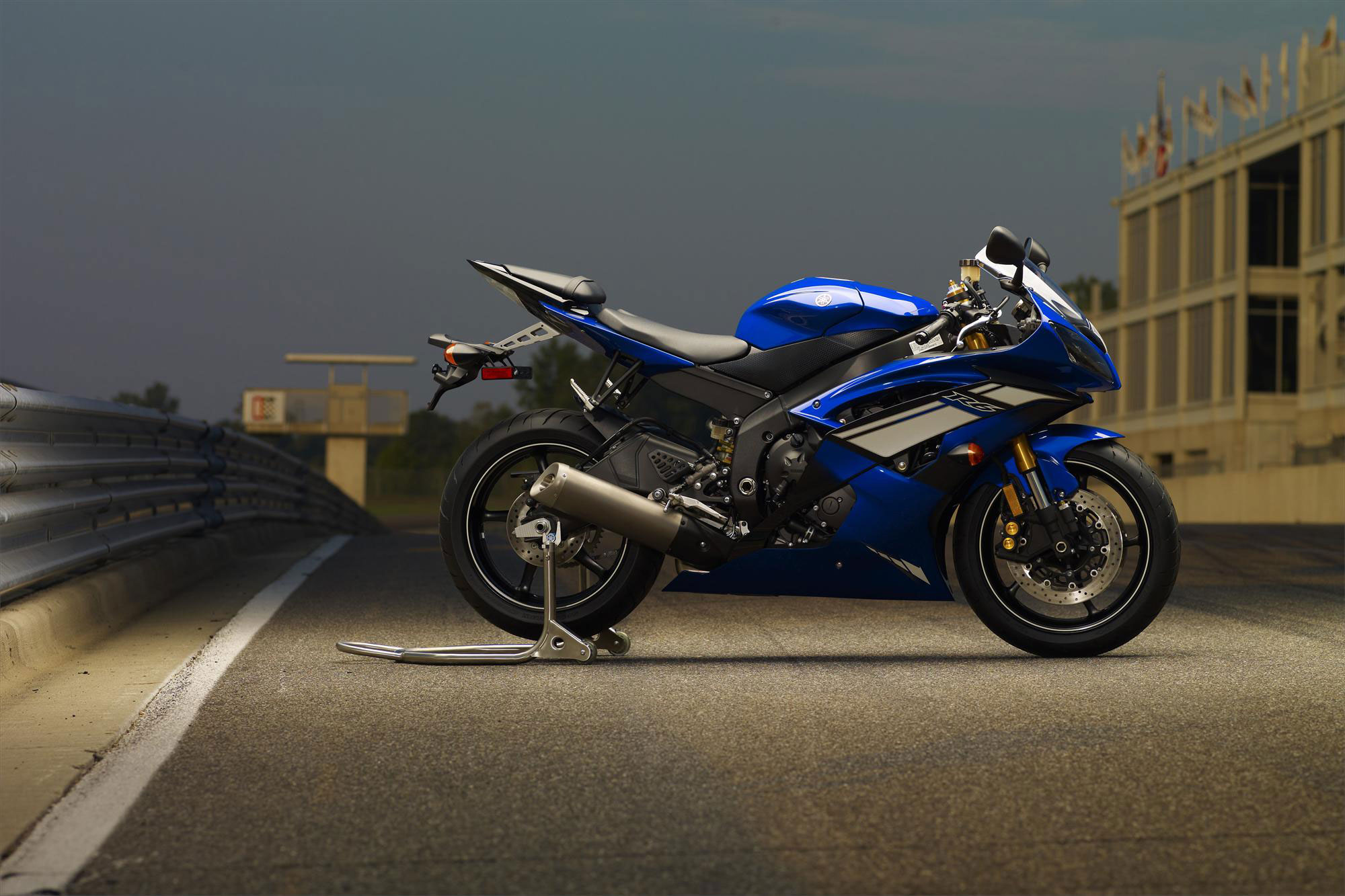Yamaha Yzf R6 Backgrounds, Compatible - PC, Mobile, Gadgets| 2000x1333 px