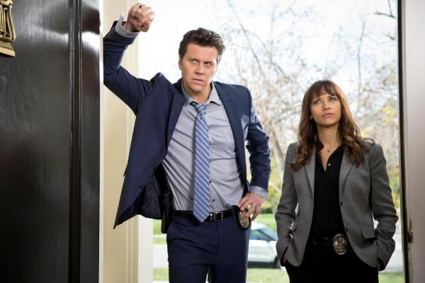 preview Angie Tribeca