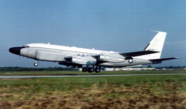 preview Boeing RC-135 Rivet Joint