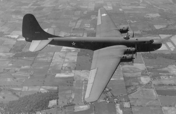 preview Douglas XB-19