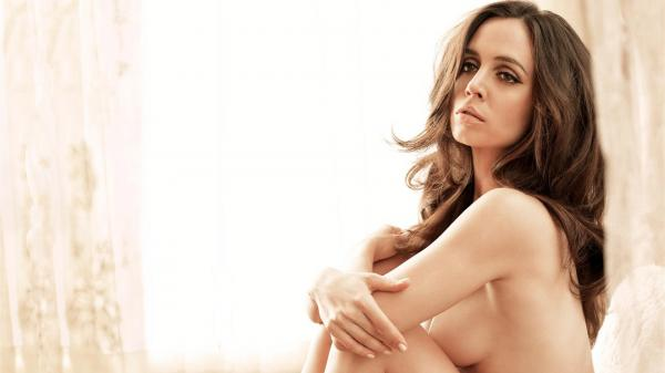preview Eliza Dushku
