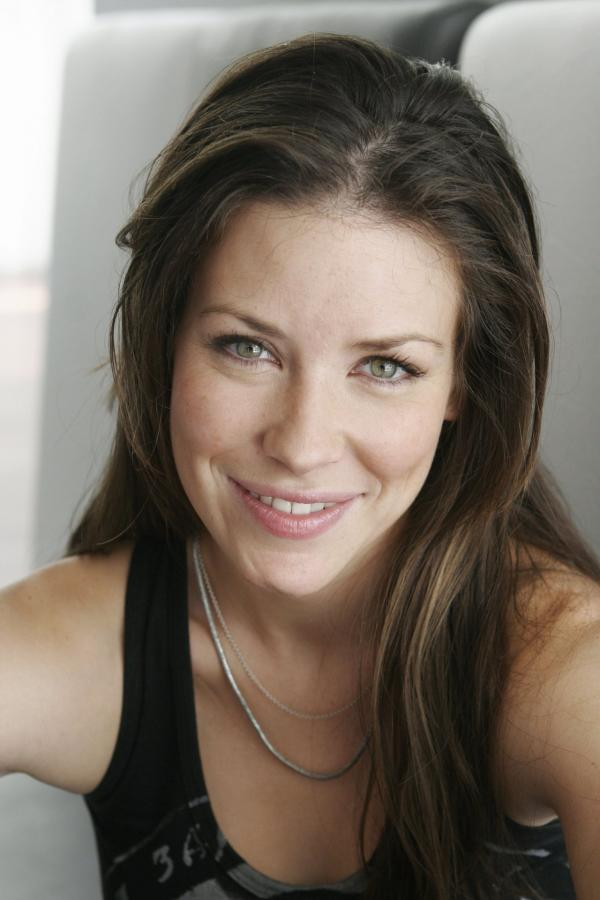 preview Evangeline Lilly