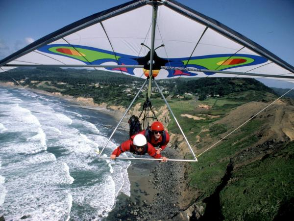 preview Hang Gliding