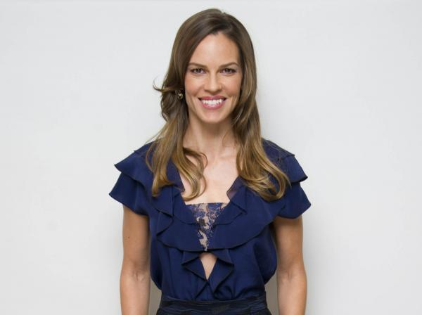 preview Hilary Swank