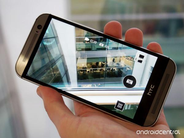 preview HTC One M8